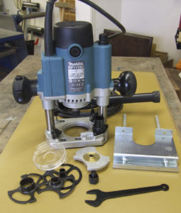 """Makita RP1110C 1/4"""" Plunge Router 240 volts"""