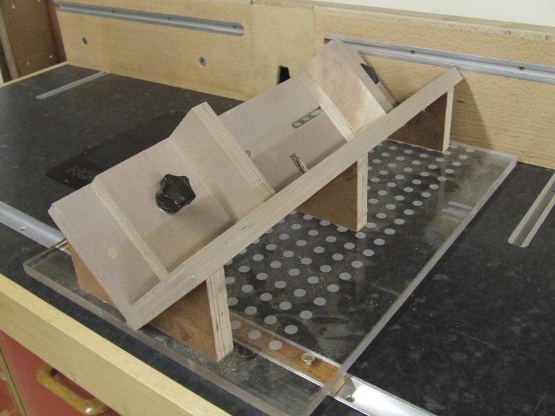 Router Table Spline Jig