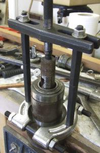 Wadkin 12AGS removing bearings
